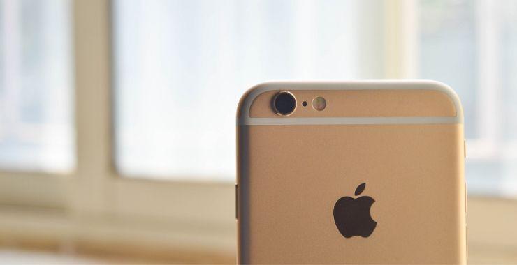 Apple, eski iPhone'u olanlara 25 dolar ödeyecek
