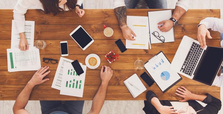 Şirketler ve çalışanlar ofis ortamına dönmeye hazır mı ?