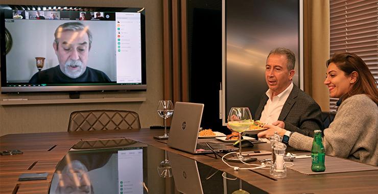 Sigortacı Gazetesi yazarlar yemeği dijitale taşındı