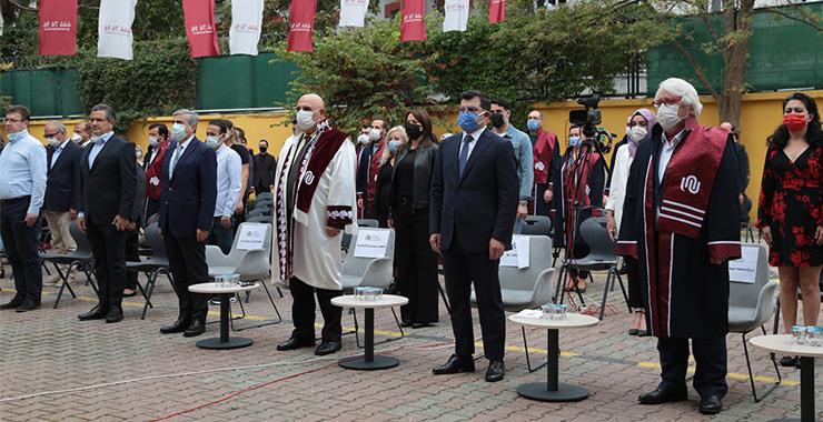 İstanbul Ayvansaray Üniversitesi 2020-21 Akademik Açılış ve Onurlandırma Töreni gerçekleşti