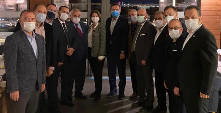 TOBB Başkanı ve SAİK yönetimi İzmir'e geçmiş olsun ziyaretinde bulundu