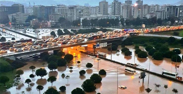 TÜSED: İzmir'deki sel afeti sonrası yaklaşık 3 bin hasar dosyası açıldı