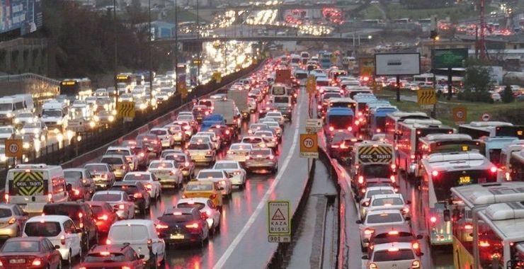 Zorunlu trafik sigortasında 2022 ve 2023 teminat limitleri belirlendi; kaza başına yıllık %16'lık artış